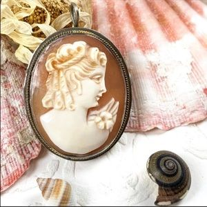 Antique Sterling Italian Carved Cameo pendant